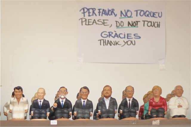 Caganers, Catalan pooping figurines