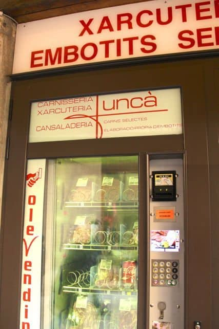 Besalú vending machine