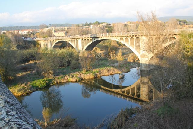 Besalú bridge