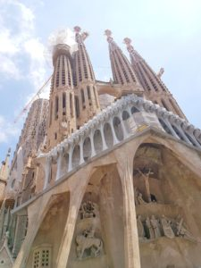 The Sagrada Familia: what to see in Barcelona as the number one attractions