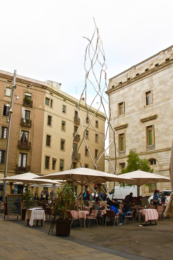 What to see in Barcelona: quaint, chill plazas.