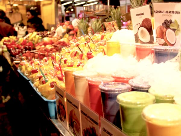Barcelona, things to see: La Boqueria of colorful fruits, meants