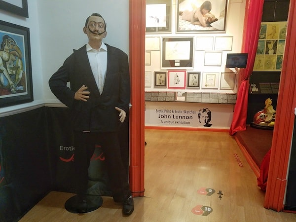 Erotic Museum BCN, a suggestive place for couples